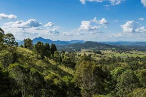 Boonah holiday house with views