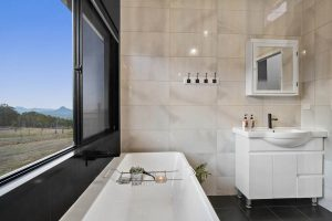 The Villa - Bath with a view
